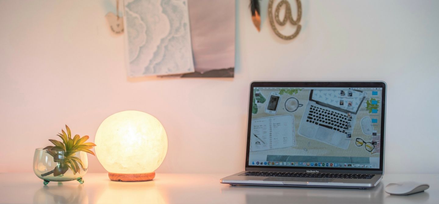 Sphere Salt Lamp Office